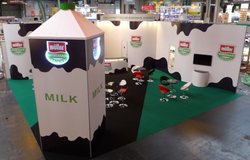 Corner Exhibition Stands Tall : Shouting about our indoor stand at livestock
